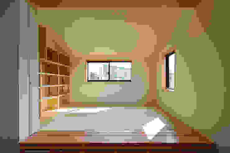 設計事務所アーキプレイス Salle multimédiaMeubles Papier Beige