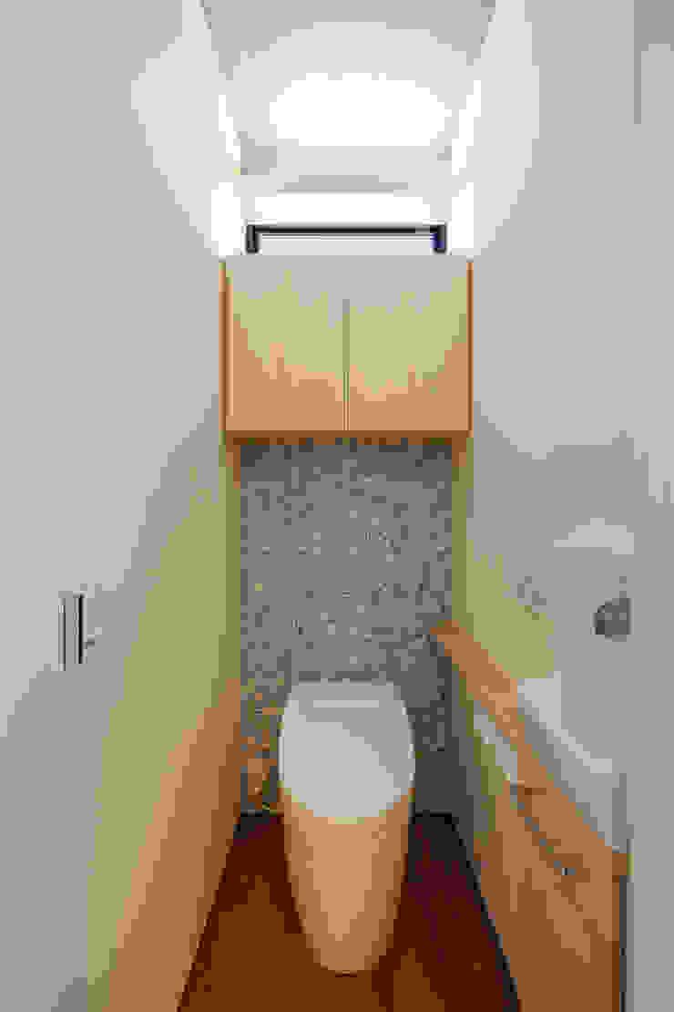 設計事務所アーキプレイス Salle de bainRangements Contreplaqué Effet bois