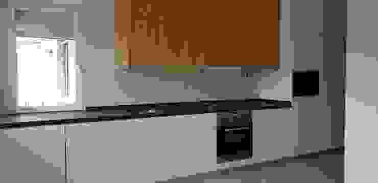 RAIZ QUADRADA Kitchen units Engineered Wood Wood effect