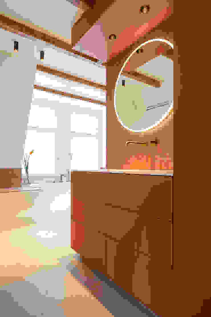wastafelmeubel ÈMCÉ interior architecture Moderne badkamers