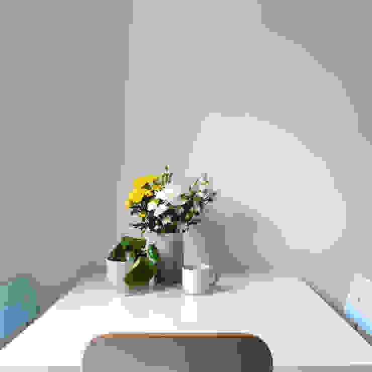tavolo da pranzo e desse vintage di Lascia la Scia S.n.c. Eclettico