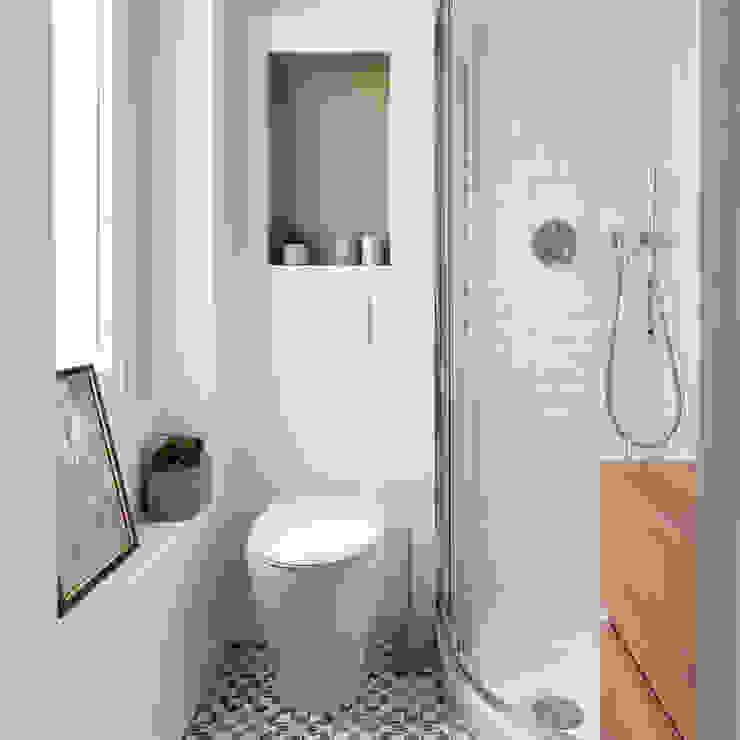 bagno verde piccolo Bagno eclettico di Lascia la Scia S.n.c. Eclettico Legno Effetto legno