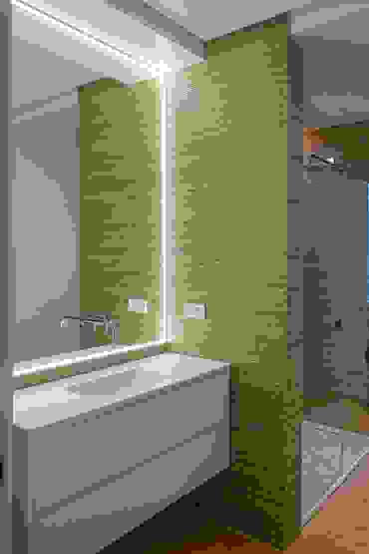 Spazio Vbobilbao 現代浴室設計點子、靈感&圖片