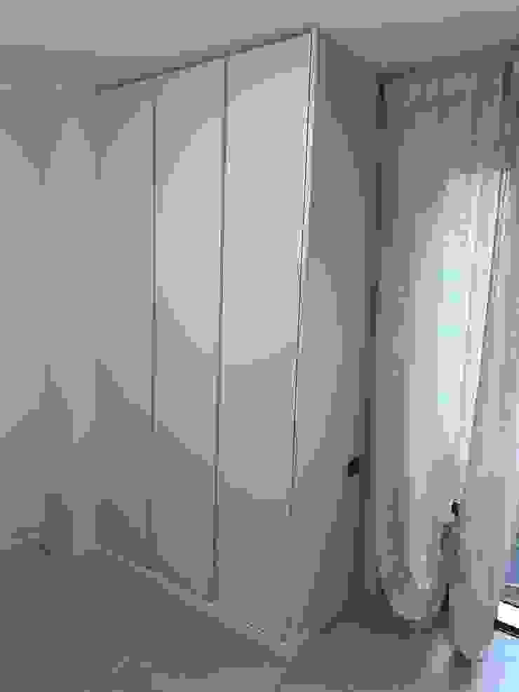 Bergo Arredi BedroomWardrobes & closets