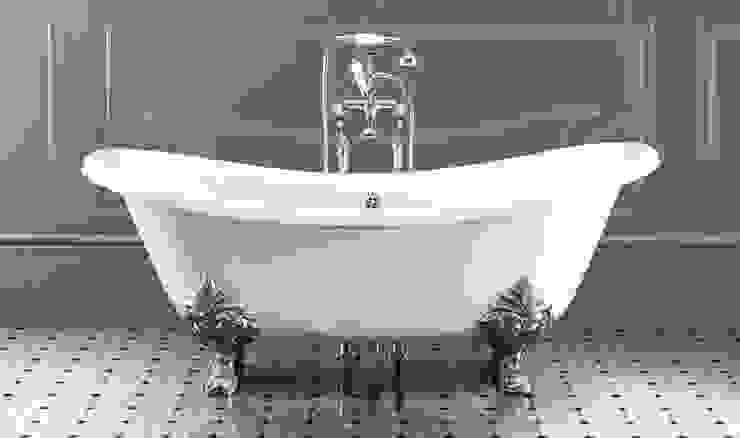 Vasca da bagno in stile Retrò Bagno minimalista di LORENZINI G.& C. SNC Minimalista