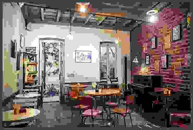COLIBRI' - Caffè Letterario Bar & Club in stile rustico di Manuela Liotto Rustico