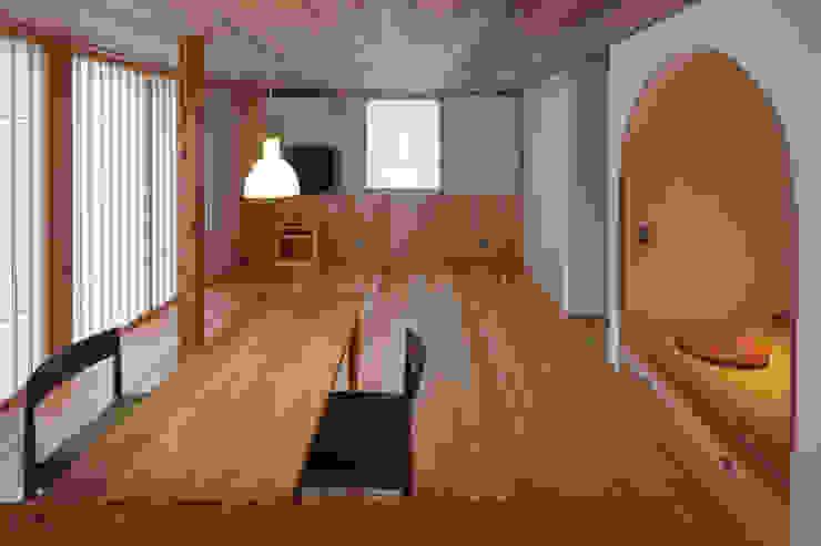 ダイニング越しのリビング 芦田成人建築設計事務所 和風デザインの リビング 木