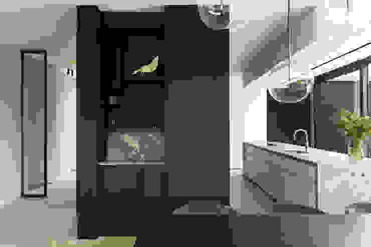 Niko Wauters architecten bvba Comedores de estilo minimalista Madera Negro