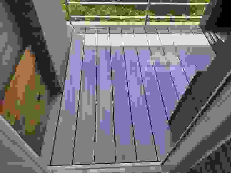 【淺色裝潢的延伸|#北歐風陽台地板】 新綠境實業有限公司 Balcony Wood-Plastic Composite White