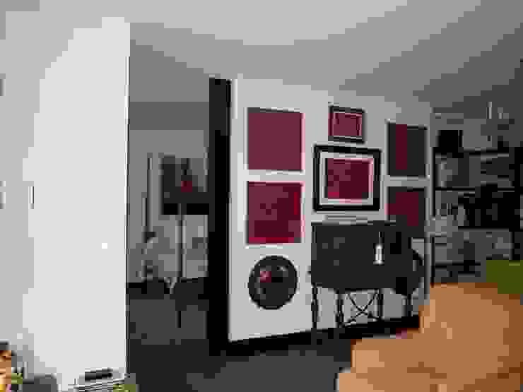 Estudio RYD, S.L. Classic style bedroom White