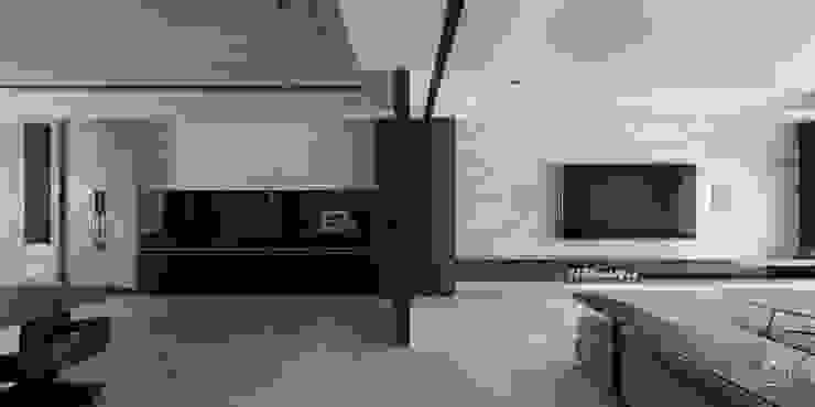 空間延伸 禾廊室內設計 Modern Corridor, Hallway and Staircase