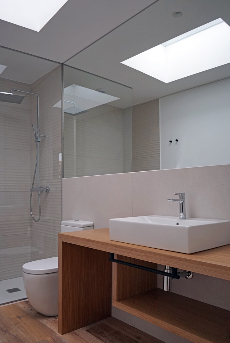 AD+ arquitectura Modern Bathroom Wood