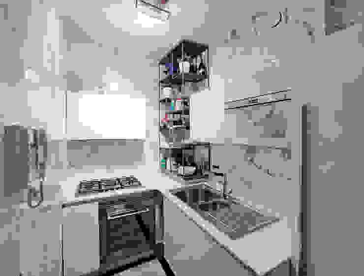 Disposizione a L Teresa Romeo Architetto Cucina piccola Ceramica Bianco