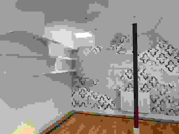 Estudio RYD, S.L. Walls & flooringWallpaper Paper Blue