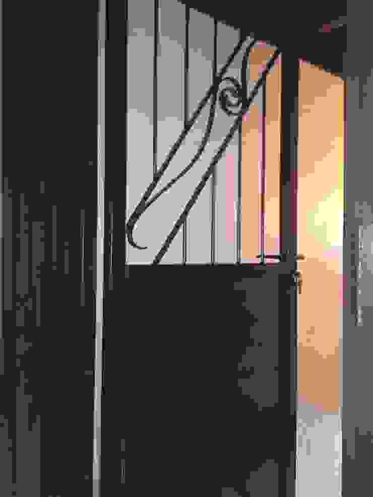 LBMS. Fabrice Lamouille Inside doors Metal
