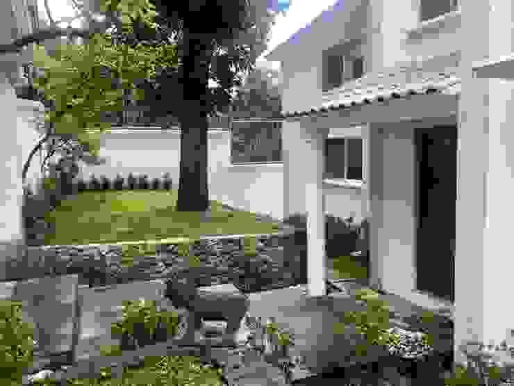Arechiga y Asociados Rumah tinggal Batu Bata White
