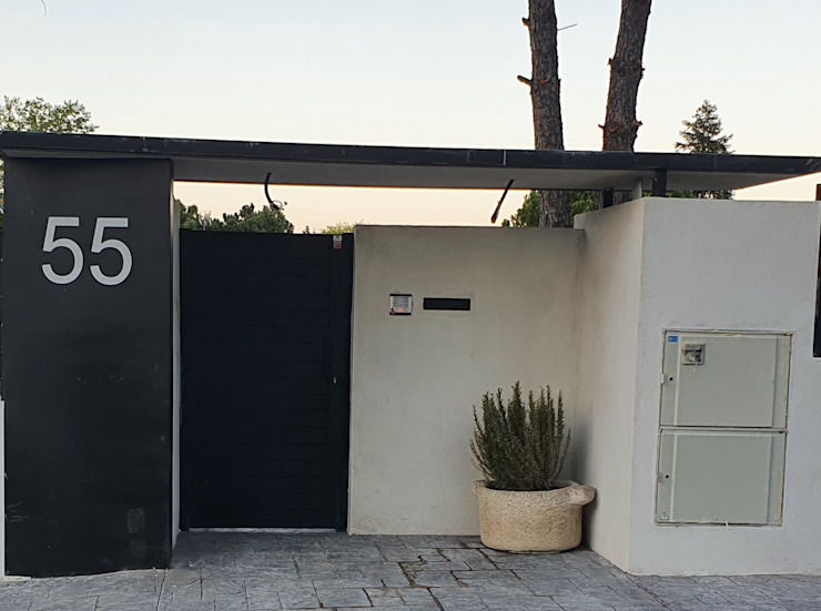 MULTISERVICIOS EGO INGENIEROS SL Modern Houses