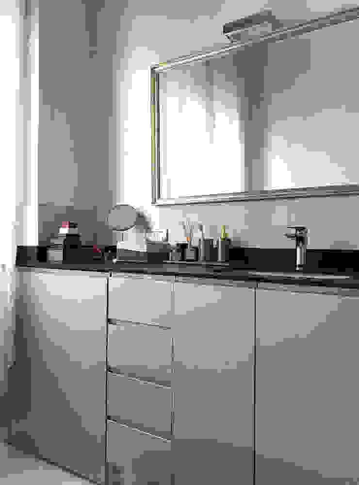 Bagno 02 Bagno eclettico di Studio Zay Architecture & Design Eclettico MDF