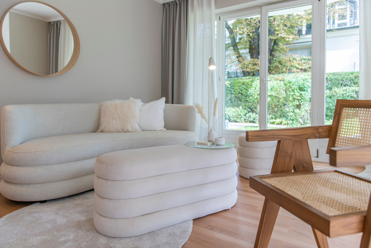 Münchner home staging Agentur GESCHKA Living roomSofas & armchairs