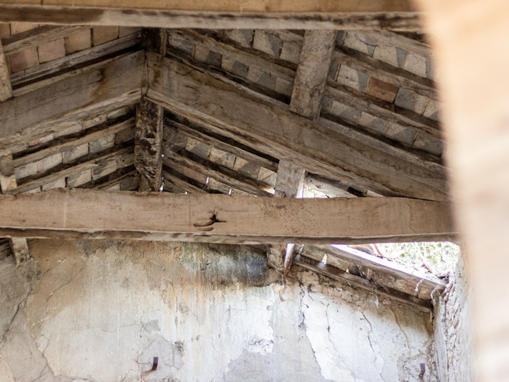 Il tetto della Chiesa di San Donato PROPERTY TALES Casa rurale