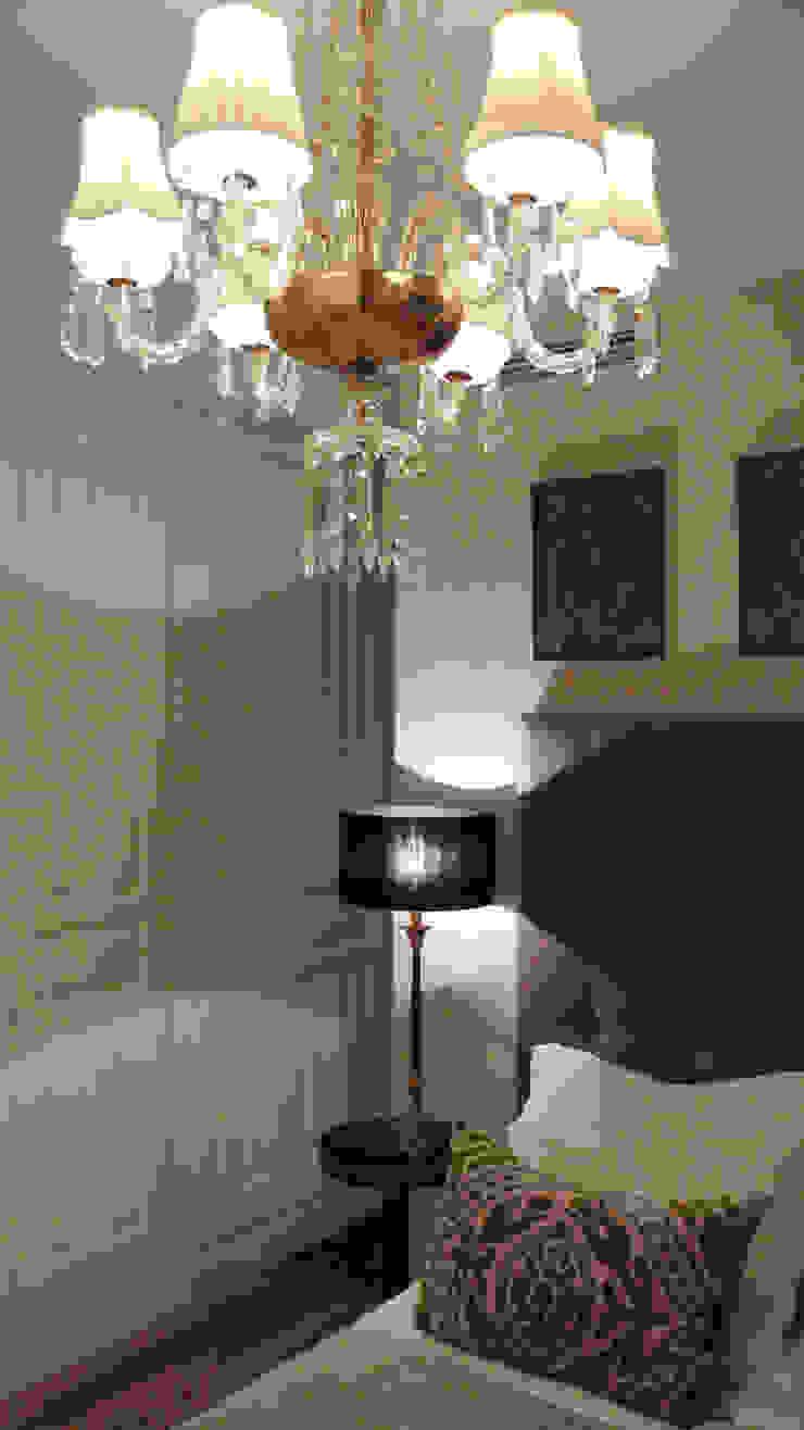 Estudio RYD, S.L. Dressing roomStorage Wood White