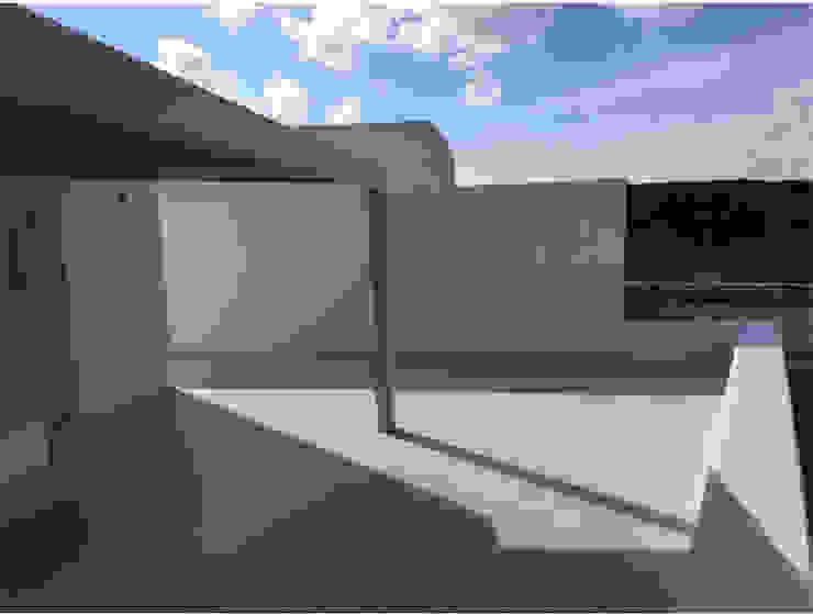 studio patrocchi Mediterranean style balcony, veranda & terrace