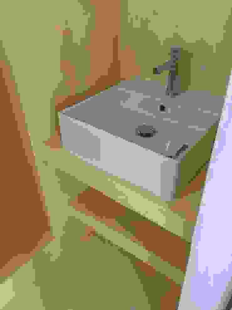 studio patrocchi Mediterranean style bathroom