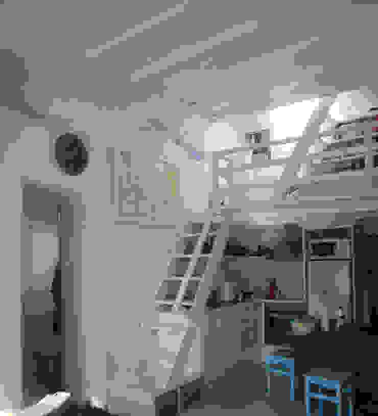 studio patrocchi Salas de estilo mediterraneo