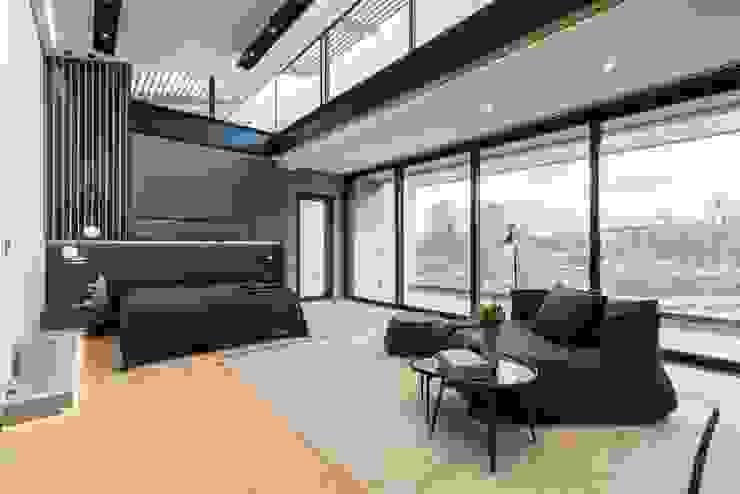 Nico Van Der Meulen Architects Modern style bedroom