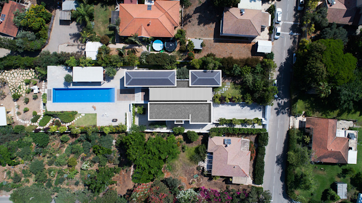 Three Parts House Henkin Shavit