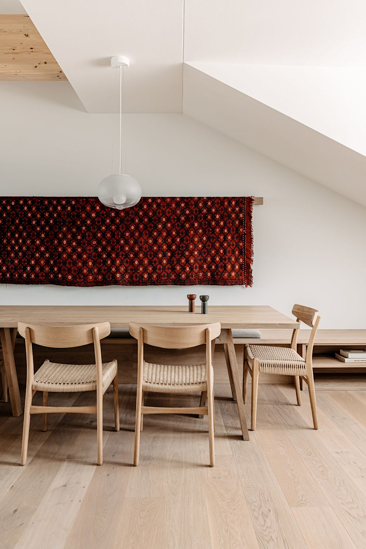 Apartment Maxvorstadt INpuls interior design & architecture Moderne Esszimmer