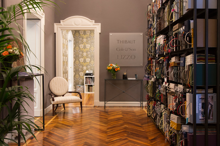BONATI & BENEGGI Classic offices & stores Wood Grey