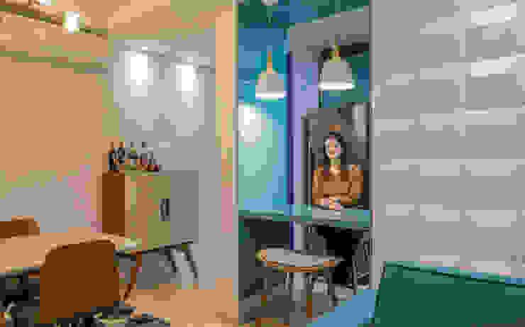 Camarina Studio Modern Living Room Turquoise