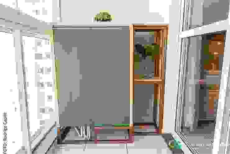 Camarina Studio Balconies, verandas & terraces Furniture Green