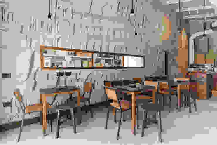 O' Fiore Mio Hub Tavoli, sedie e parete Bar & Club moderni di BARTOLETTI CICOGNANI Moderno