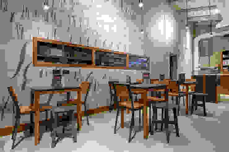 O' Fiore Mio Hub tavoli e sedie Bar & Club moderni di BARTOLETTI CICOGNANI Moderno
