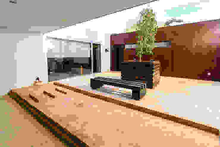 ROMESUR Minimalist style garden