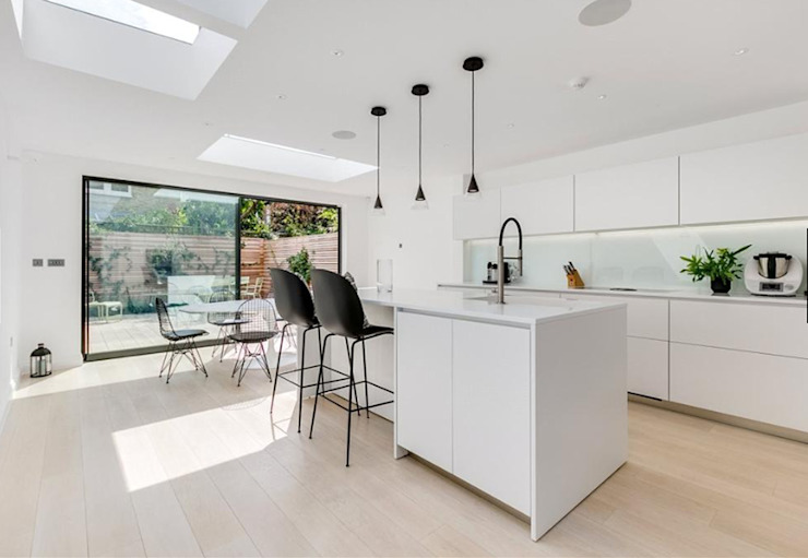 3 storey house central london—rear extension and roof extension Cris&Me l.t.d. Modern kitchen