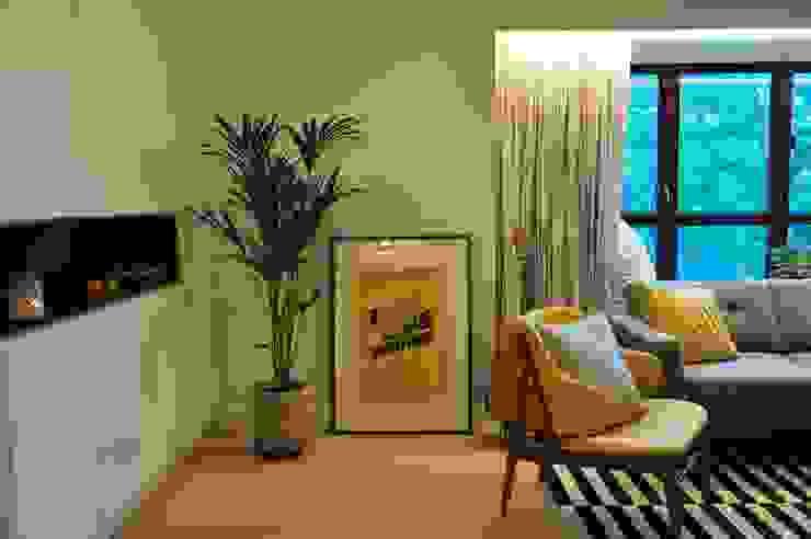 Bill's Design Limited Salas de estar escandinavas Amarelo