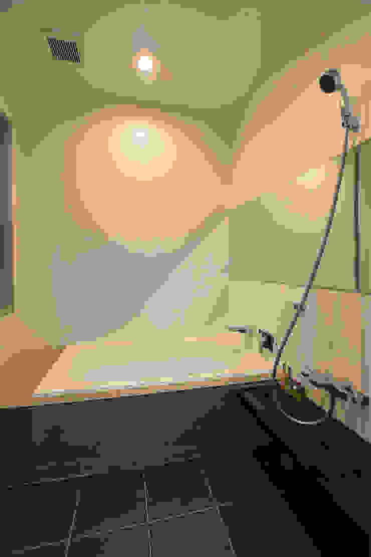 浴室 モダンスタイルの お風呂 の Style Create モダン