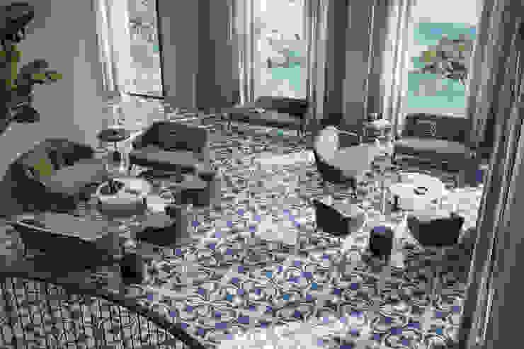 Ghenos Communication Modern Living Room