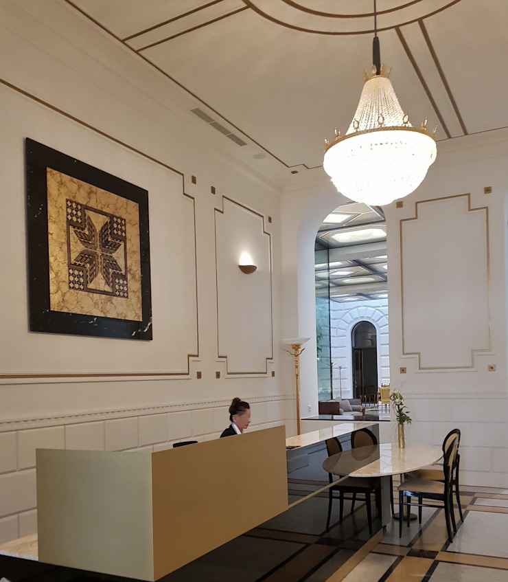 Palais Schottenring Vienna Conciergebereich Stroili Stone GmbH Flur, Diele & TreppenhausAccessoires und Dekoration Marmor Mehrfarbig