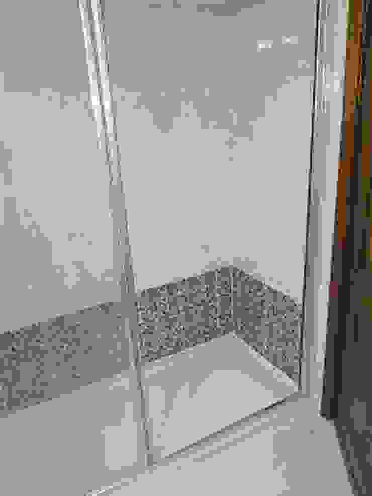 Canoarte, Lda Modern style bathrooms Ceramic Brown