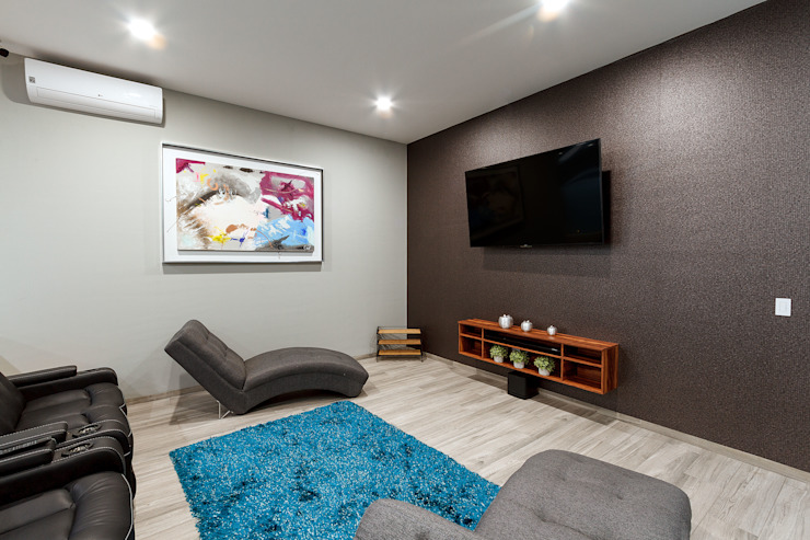 SANTIAGO PARDO ARQUITECTO Sala multimediale moderna