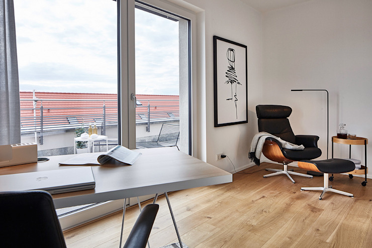 Home Staging Bavaria Навчання/офісСтільці