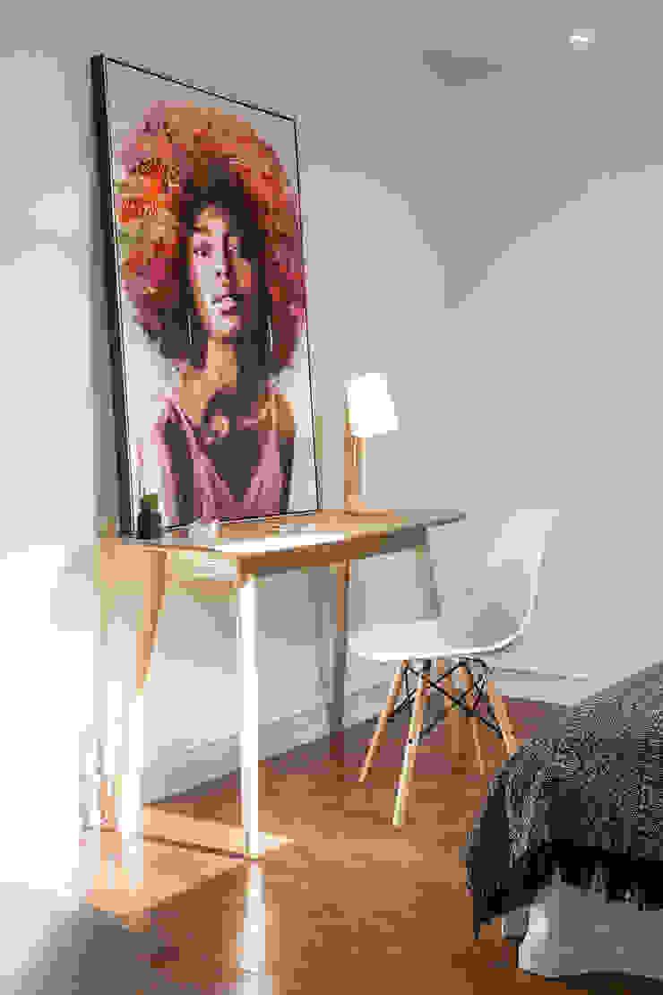 Hoost - Home Staging Nursery/kid's roomDesks & chairs