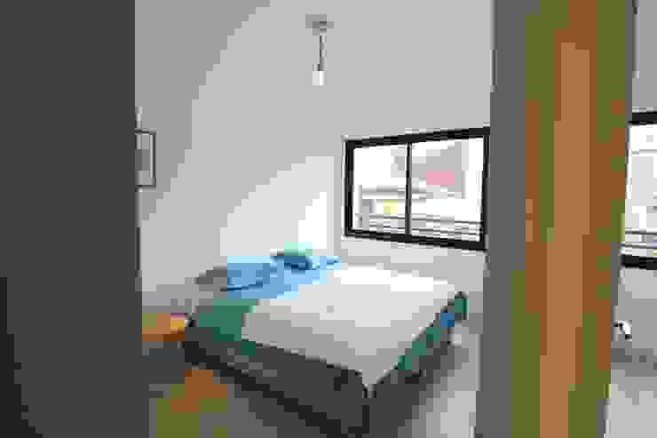SAB & CO Modern Bedroom