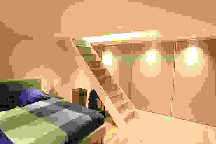 BORDEAUX MALBEC - Rénovation complète d'un 40 m2 et transformation d'une cave en chambre SAB & CO Chambre moderne