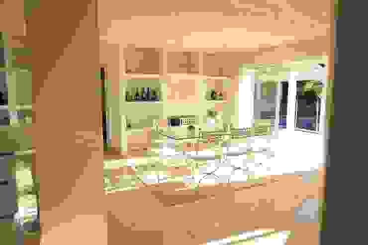 SAB & CO Mediterranean style dining room