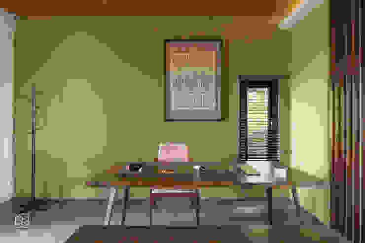 跳色牆面 禾廊室內設計 Study/office